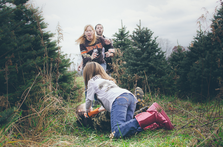 The Lemieux family tree farm holiday mini session
