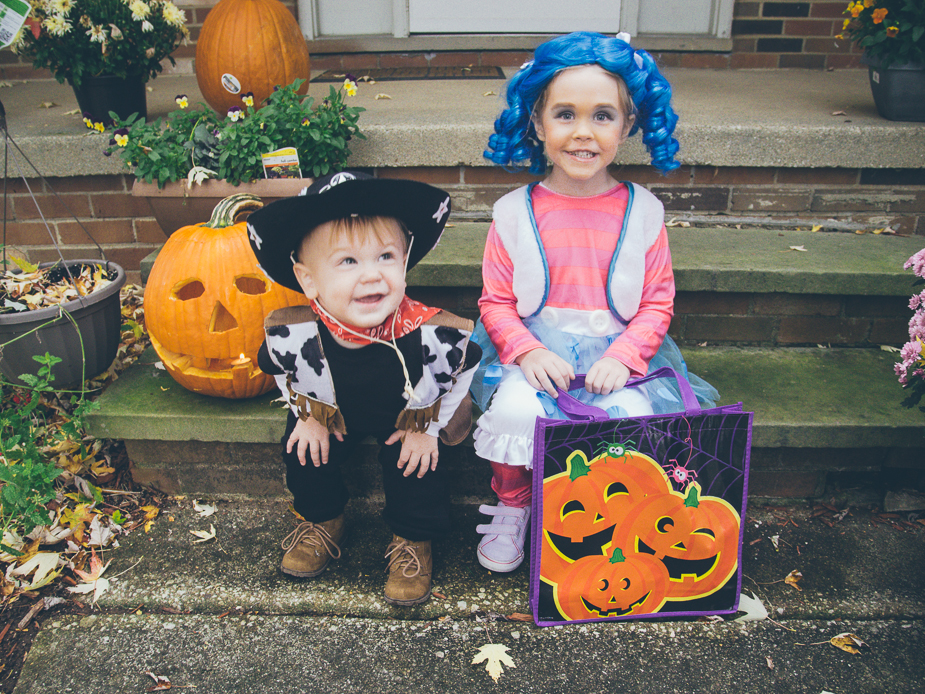 Max and Mallory kids at Halloween 2013