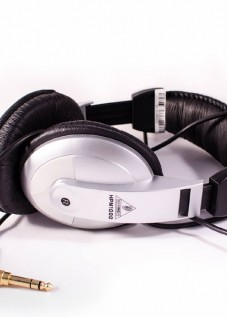 behringer_hpm1000_headphone