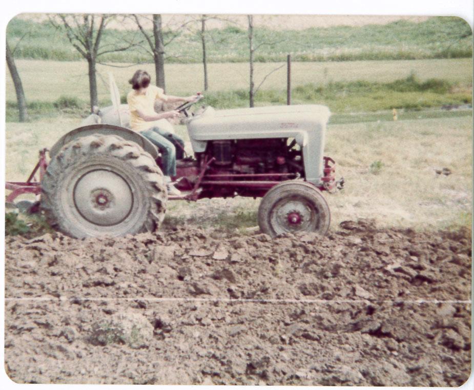 joel-echelberger-tractor