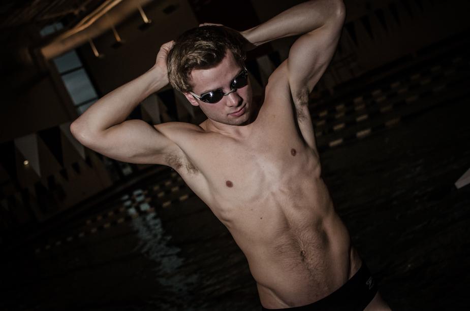 high school senior swim photos akron photographer joel echelberger (3 of 3)